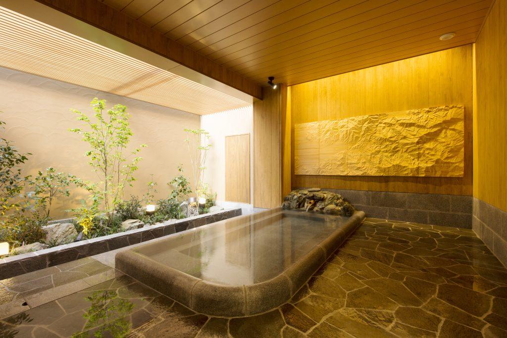 道後温泉観光のモデルコース・飛鳥乃湯泉露天風呂