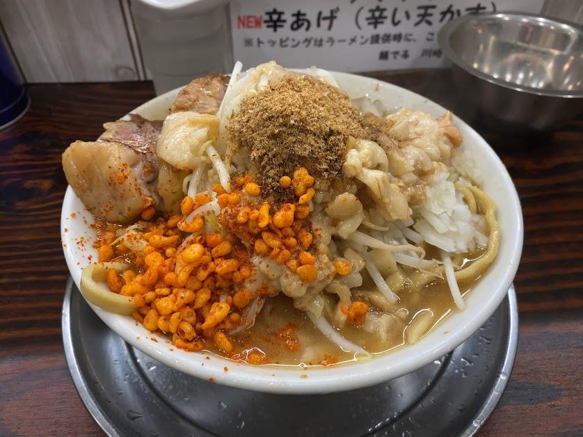 麺でる川崎でラーメン小1