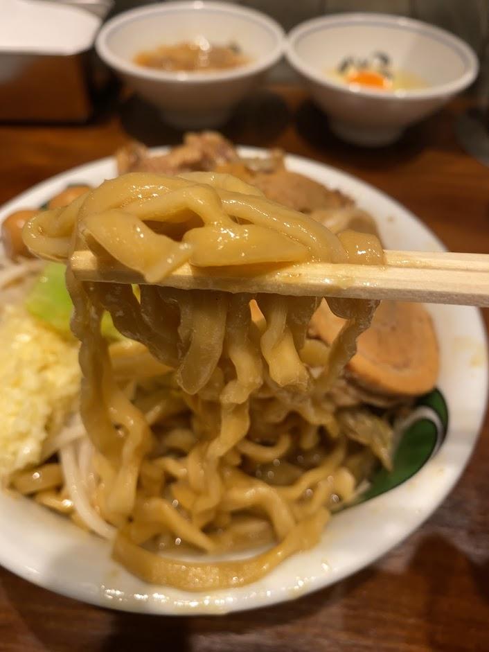 ラーメン雷 東京本丸店の雷そば並が着丼3