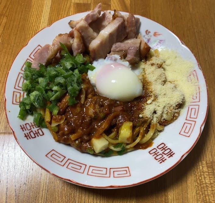中本の汁なしカレー誠炸羅(まさら)麺を魔アレンジ2