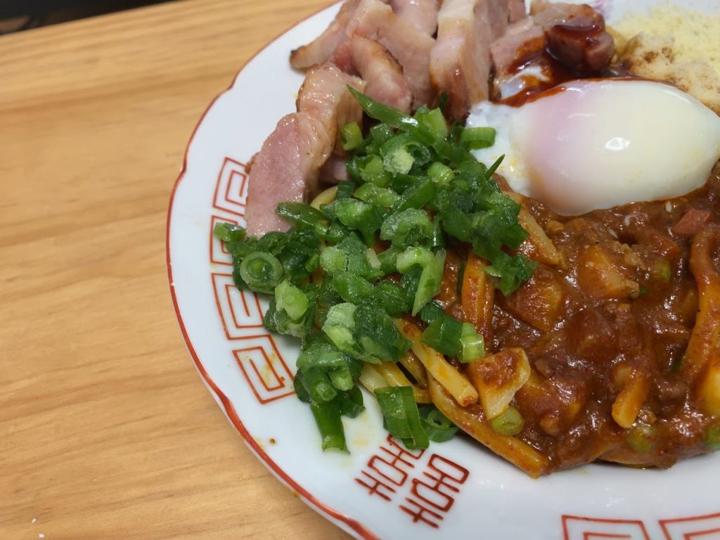 中本の汁なしカレー誠炸羅(まさら)麺を魔アレンジ6